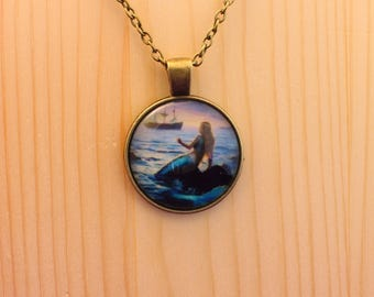 Mermaid necklace / mermaid pendant necklace