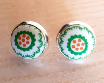 Cute Liberty of London fabric button earrings / silvertone settings / simple stud earrings / green floral fabric earrings / 14mm across
