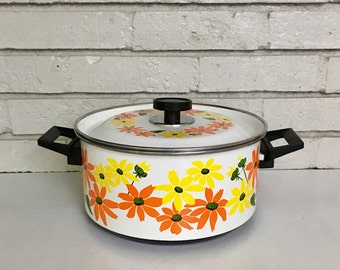 Vintage Enamel Ware Double Handle Porcelain Clad Lidded Cookware // Made in Italy // Ekco Country Garden Floral 1970s Stock Pot