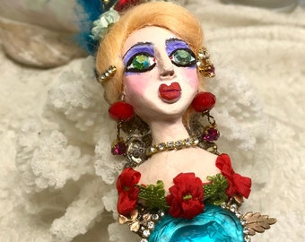 Lilygrace Large Vintage Circus Girl Bust Brooch with Flowers and Vintage Rhinestones