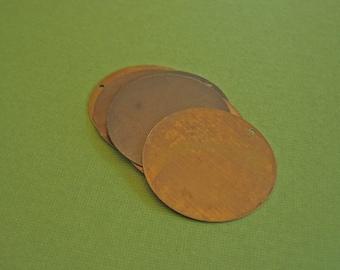 vintaj brass altered blank circle pendant, four pieces, 25mm, brass circle blank