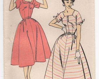 """1950's One-Piece Dress with Square neckline and Bow detail on sleeves Pattern - Bust 32"""" - No. 1600"""