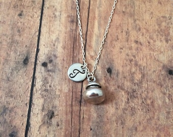 Curling initial necklace - curling jewelry, Canada necklace, curling stone necklace, winter sport jewelry, Canadian jewelry, gift for curler