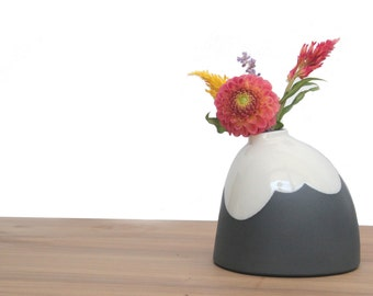slip cast porcelain cloudy big bud vase