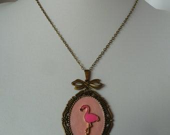 pink flamingo cameo rockabilly pinup necklace collier pin-up camée flamand rose pin up psychobilly