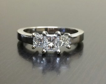 18K White Gold Princess Cut Diamond Engagement Ring - 18K Gold Three Stone Diamond Wedding Ring - Diamond Ring - Princess Cut Ring - Bridal