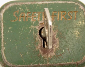 Padlock old with key original SAFETY FIRST/Vintage/Vintage France/steel / padlock/Deco/trunk lock/clasp/collection.