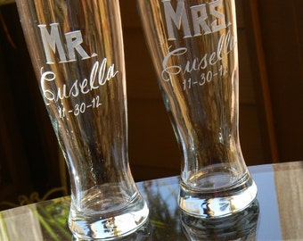 MR & MRS Hand Engraved Pilsner Beer Glasses with Last Name. Wedding Gift. Gift for Couple. Anniversary. Bride Groom Toasting Glasses