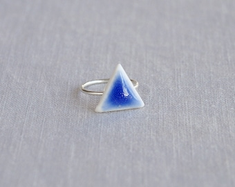 Porcelain TRIANGLE ring