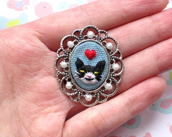 Mini Hand Embroidered Black Kitty Cat Brooch