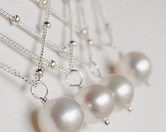 Set of 8 Bridesmaid Necklaces, Pearl, Classic 8mm Solitaire Necklace on Sterling Silver Satellite Chain, Freshwater