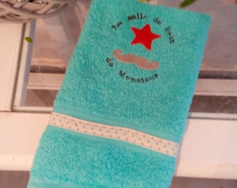 "Embroidered guest towel ""The Mr bathroom"""