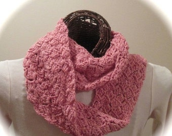 MOTHERSDAY Hand-Crocheted Moebius Ring Cowl/Scarf in SilkWool