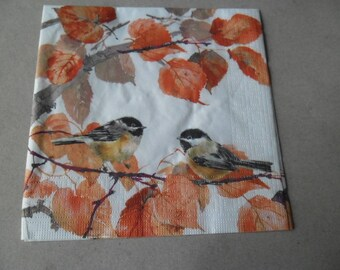 x 1 autumn themed paper napkin 33 x 33 cm