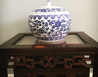 Blue and White Floral Ginger Melon Jar, Qing Quianlong Mark