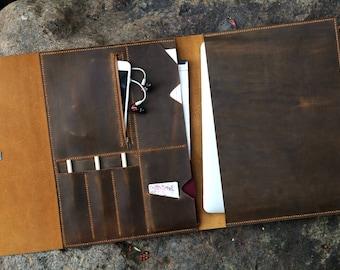 Handmade distressed leather macbook pro laptop portfolio / retro leather business travel organizer case - MB05PDB