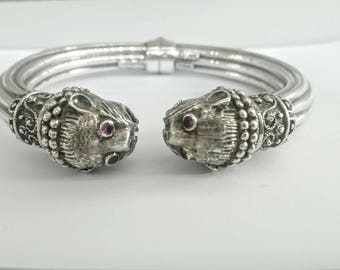 Handmade Lion bracelet in silver