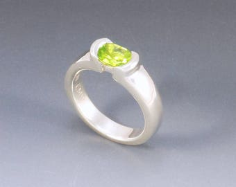 Peridot Ring, Sterling Silver Ring, Alternative Engagement Ring, Peridot Jewelry, Modern .925 Ring, Handmade Silver Jewelry Silversmith