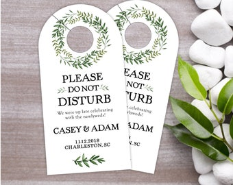 Wedding Door Hangers - Wreath Wedding Hotel Door Hanger - Hotel Box Wedding Favor - Destination Wedding Favor - Do Not Disturb - #dhrI-224