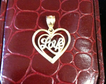 14 K Yellow & White Gold Love Heart In Heart Charm  1.1gm.