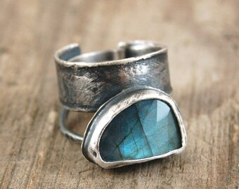 labradorite silver ring, oxidized silver statement ring
