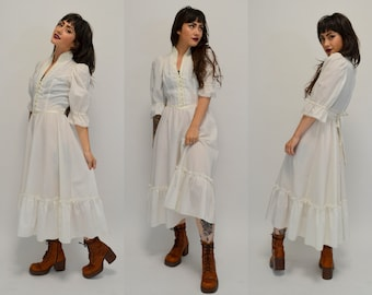 Gunne Sax | Small | 1970s White Cotton GUNNE SAX Vintage Dress 70s Midi Prairie Sundress