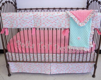 Bumperless Baby Bedding- Coral, Mint & Gold Courtney