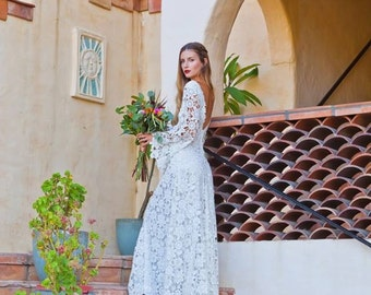 Crochet Lace Bohemian Wedding Dress. OPEN BACK with BOHO Bell Sleeves. Simple Elegant Lace Gown. Low Back Lace Wedding Dress. Ivory or White