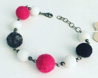 Newport Felt Bracelet in Mod Pink