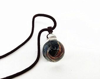 """0.8"""" Schwarzglas Vortex Anhänger, Galaxy-Anhänger rund, Universum-Glas-Anhänger Raum Galaxien, einzigartige Halskette, Geschenk für Sie"""