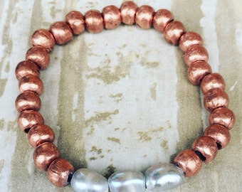 Ethiopean copper and grey pearl bracelet