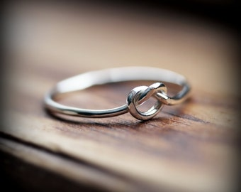 Knot ring 18 gauge - recycled sterling silver ring