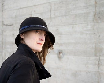 Retro black and blue cloche Hat
