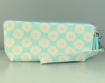 Blue Daisy Zip Bag/ Pouch With Wrist Strap