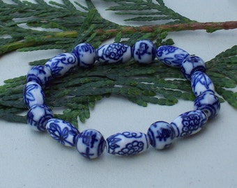 Blue and white Porcelain Stretch Bracelet. Free Shipping