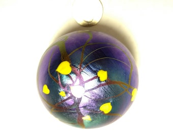 Early Lundberg Studios Iridized Purple/Blue color Yellow Hearts and Vines Design