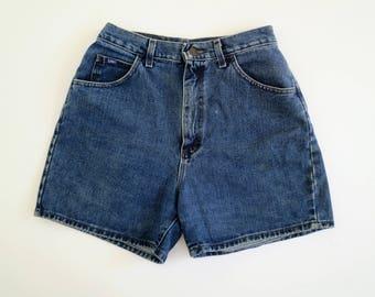 LEE // 90s blue jean high waist shorts