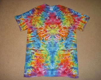 S tie dye t-shirt, rainbow mirror bunch, small