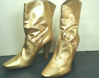 "Sigerson  Gold Leather Boots Booties Ankle 3/4 Gathered Shaft 3"" 4"" Heels Stunning Hip Designer Italian Shoes Women's Size 8.5"