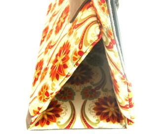 ipad cover. iPad sleeve. Padded iPad sleeve. iPad stand. Fabric iPad cover