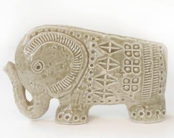 Bitossi Ceramic Elephant Aldo Londi Rosenthal Netter Raymor Italian Pottery Italy Mid-Century Modern