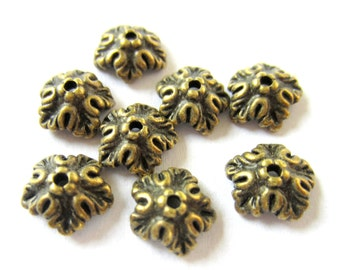25 Antique bronze bead caps boho chic 5 petal design lead and  nickel free metal 10mm x 4mm 24621(Y2),