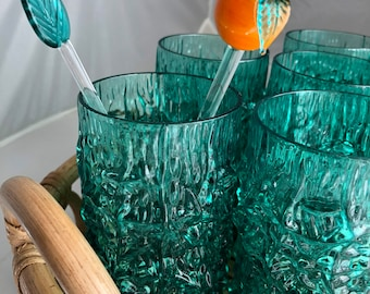 Show stopping green vintage cracked ice acrylic tumbler drinking glass set