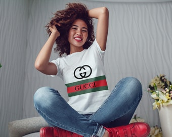 Gucci t-shirt women's lady white T-shirt Gucci logo Shirt for her Gucci Tee The making of Gucci Clothing women T-Shirt for her Gucci Shirt