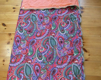 Vintage Sleeping Bag, Retro 1970s Floral Paisley Synthetic Sleeping Bag, Mid Cenury Camping Sleeping Bag, Quilt, Diamant GDR East Germany