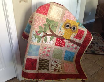 One Owl on a Tree Branch Baby Quilt