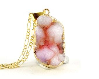 15% OFF Light White Sakura Pink Natural Druzy Quartz Crystal - Rough Cut Rock Nugget Necklace OOAK - Light Pink Blush Druzy Necklace - SDN41