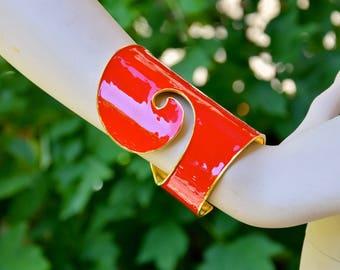VALENTINO Couture 1990 Crimson Red Enamel Cuff