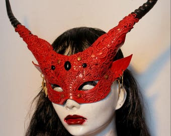 Womens Red Banshee ,leather mask