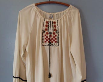 Vintage Embroidered Peasant Top 60's Plus Size Long Sleeve Tunic 1960's Beauti-Full Woman New York Boho Chic Bohemian Gypsy Hippie Festival